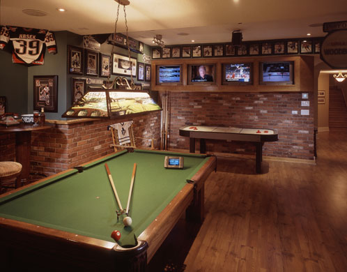 Plano Homes : Ultimate Man Caves for the Big Game